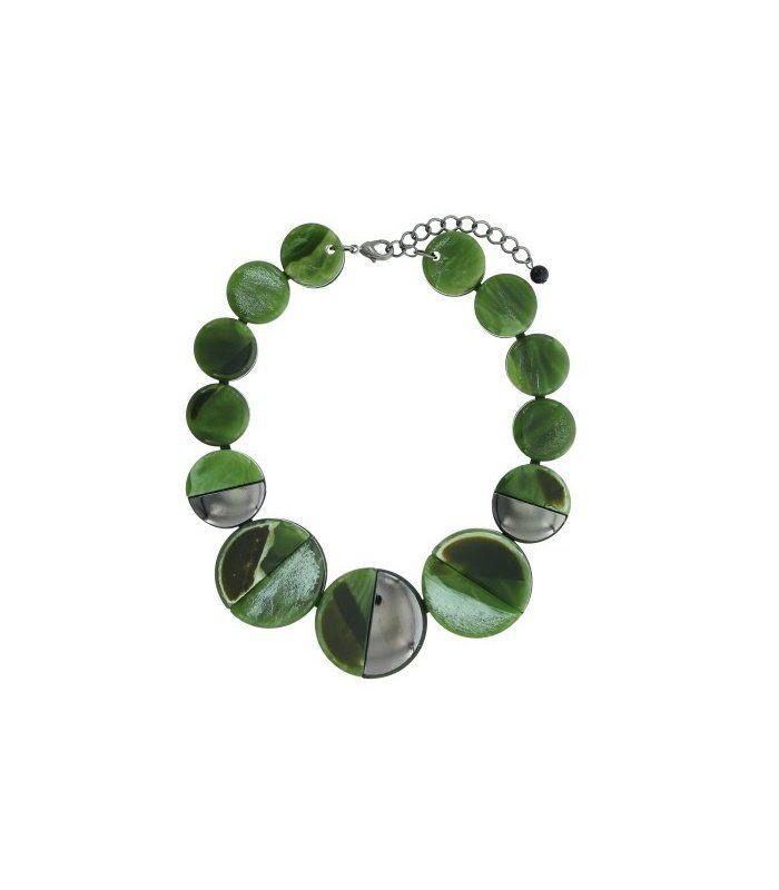 Groene korte halsketting met platte ronde kralen|Delengte van de halsketting is 43 cm | EAN: 8718189360700 | A-zone fashion sieraden