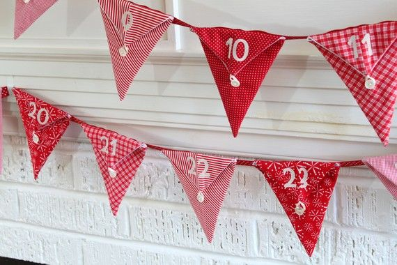 Defo making this Christmas Bunting Advent Calendar. I can fit more chocolates in this way !!