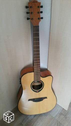Guitare LAG electroacoustique