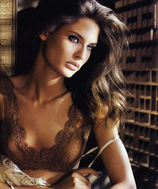 Bianca BaltiFace, Lingerie, Biancabalti, Bombshell Hair, Long Hair, Beautiful, Hair Makeup, Girls Fashion, Bianca Balti