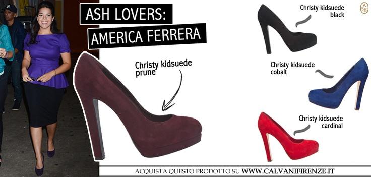 L'attrice di Ugly Betty America Ferrera si caratterizza per le sue curve femminili, messe in risalto da abiti sensuali e scarpe mozzafiato come il modello Christy di Ash. #ashitalia