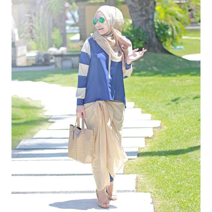 Cropped Curve Top, Scarlett Skirt - #SimplyMii #NavyHoliday lovesimplymii.blogspot.com