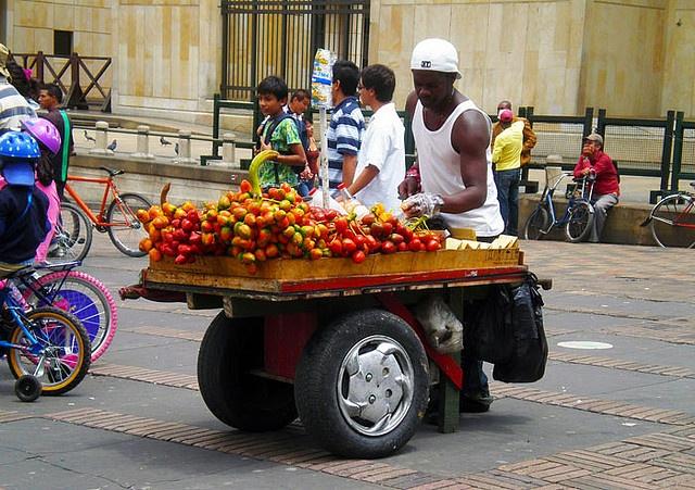 Bogotà | frutas   by thaiz_mm