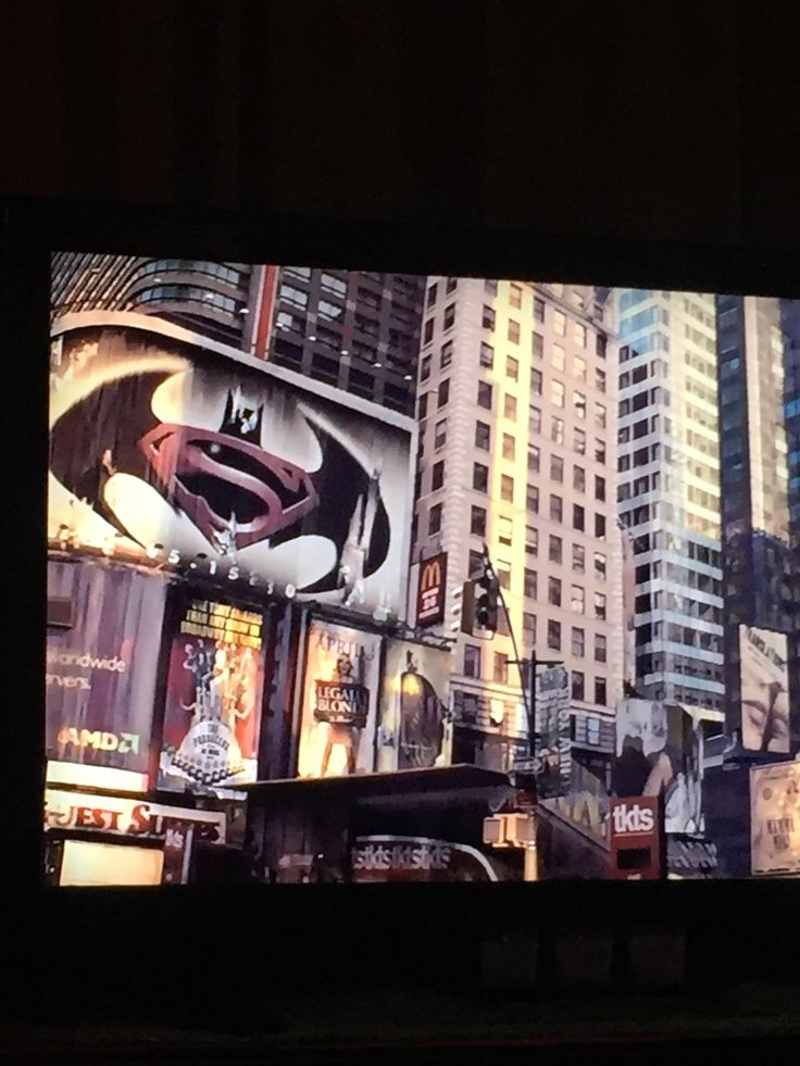 Paused during I Am Legend (2007) and noticed this. Batman ...