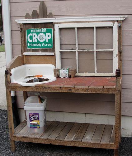 Planters Bench w/Sink