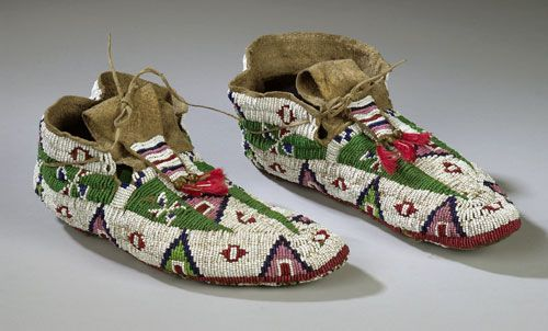 Sioux Beaded Hide Men's Moccasins, (2003 American Indian  Arts.  Sept. 12-13)