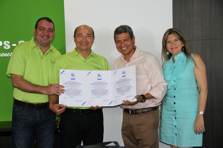 Coosalud EPS recibió las tres certificaciones (Gestión de Calidad, Gestión Ambiental y Seguridad en Salud)  del Icontec.