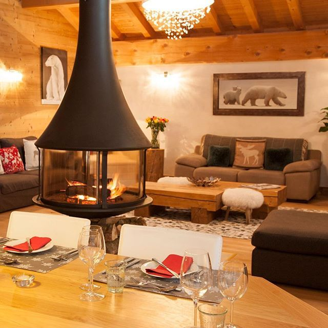 What are your plans for Christmas & New Year? ⠀  ⠀  Our catered chalets are selling quickly, get in touch with us today to secure your next ski holiday! ⠀