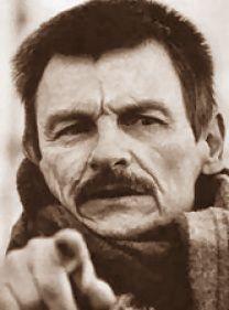 Andrej Arsenevitch Tarkovskij nasce il 4 aprile 1932 a Zavroze (Gorki)