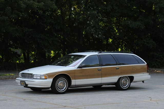 Picture of 1995 Chevrolet Caprice Base Wagon, exterior