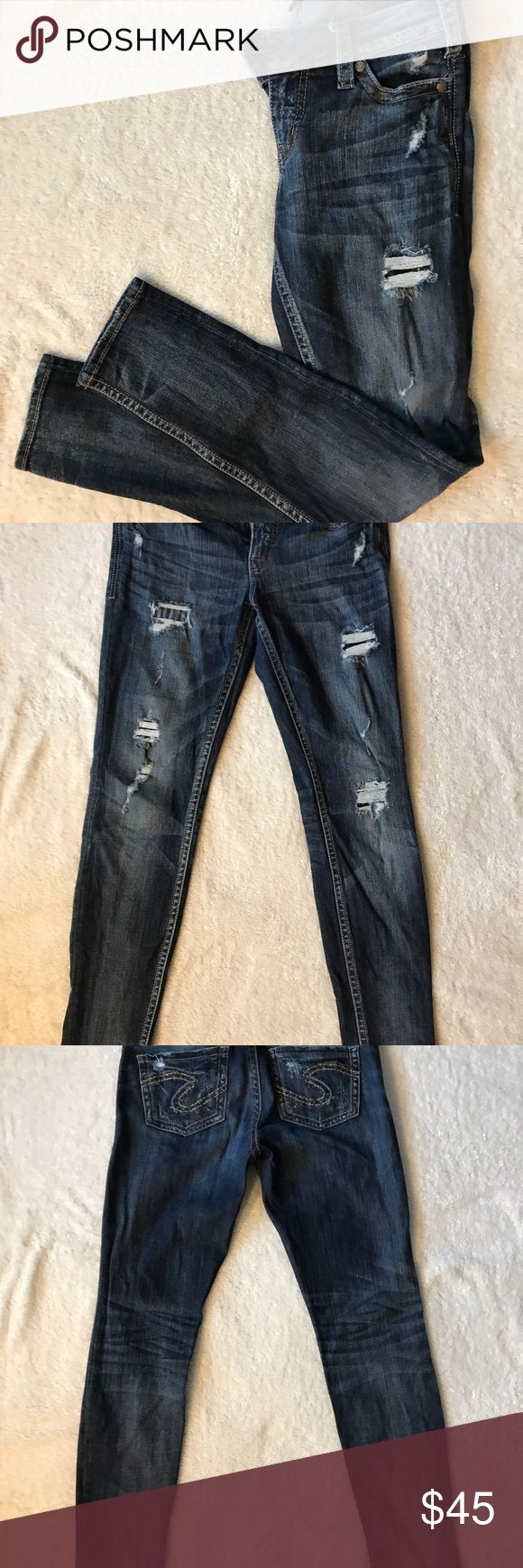 "Like new women's Silver Jeans Like new skinny jeans Tuesday fit Size 29 w/ 31"" inseam Silver Jeans Jeans Skinny"