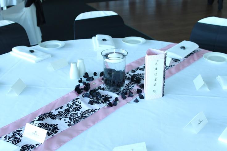 #pinkandblacktheme #weddingcentrepiece