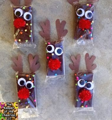 Reindeer brownies - easy Christmas party favors // Rénszarvas csokik - kreatív Mikulás ajándék egyszerűen // Mindy - craft tutorial collection // #crafts #DIY #craftTutorial #tutorial #PartiesForKIds #DIYPartyFavorsForKIds #DIYPartyDecorsForKIds