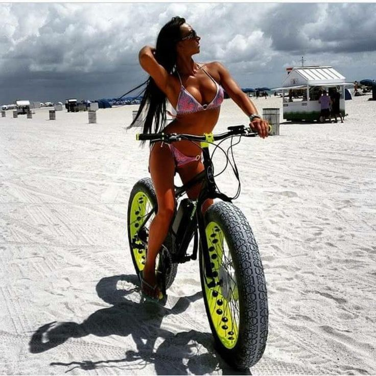 fat girls and sport bikes