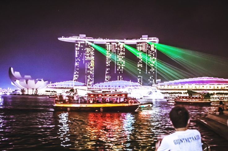 The awesome light show down at the water front in Singapore