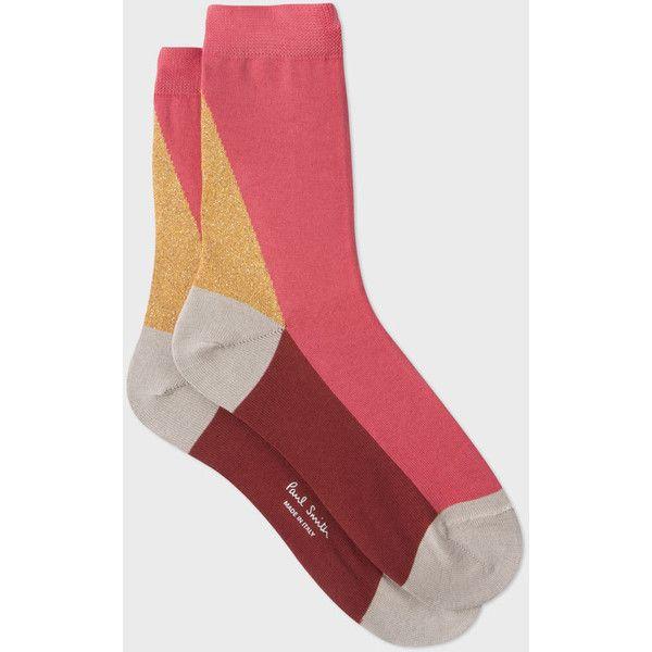 socks rubbing