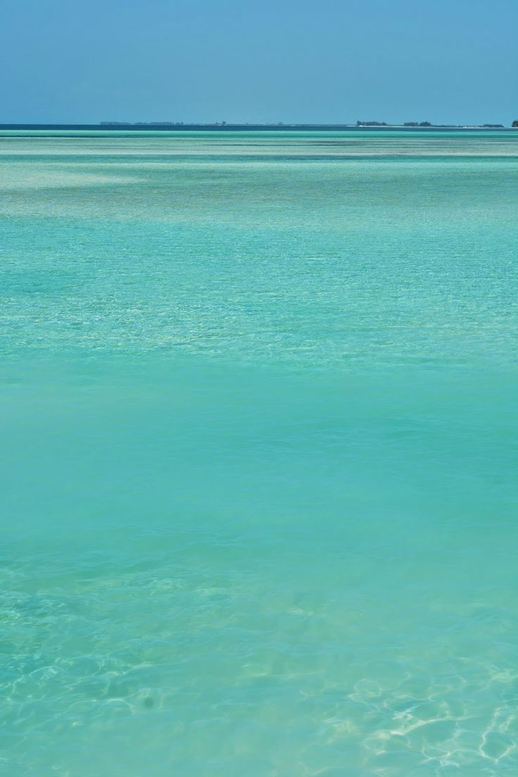Incredible ocean at Cayo Largo Del Sur, Cuba.