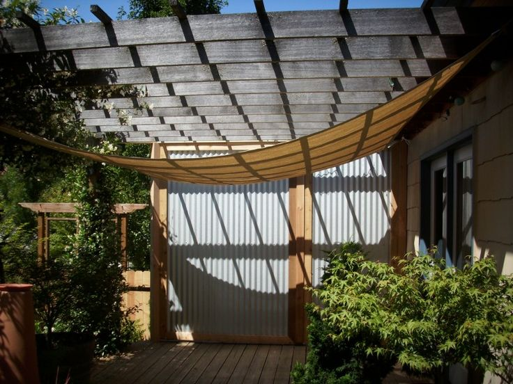 Corrugated metal privacy screen patio pinterest for Metal privacy screens for decks