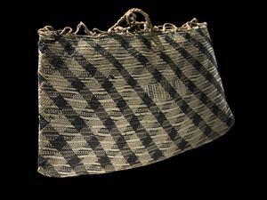 Kete whakairo (finely woven bag) - Collections Online - Museum of New Zealand Te Papa Tongarewa