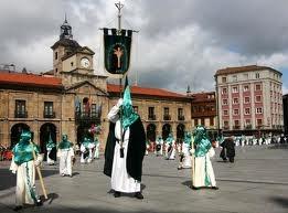 Cofradía de Nuestro Padre Jesús de la Esperanza en el Ayuntamiento de Avilés
