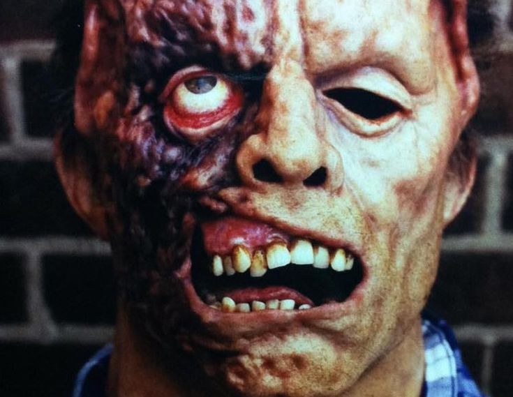 Effects Artist Shares Never-Seen Photos of Unmasked Jason from 'Jason X'! - Bloody Disgusting!