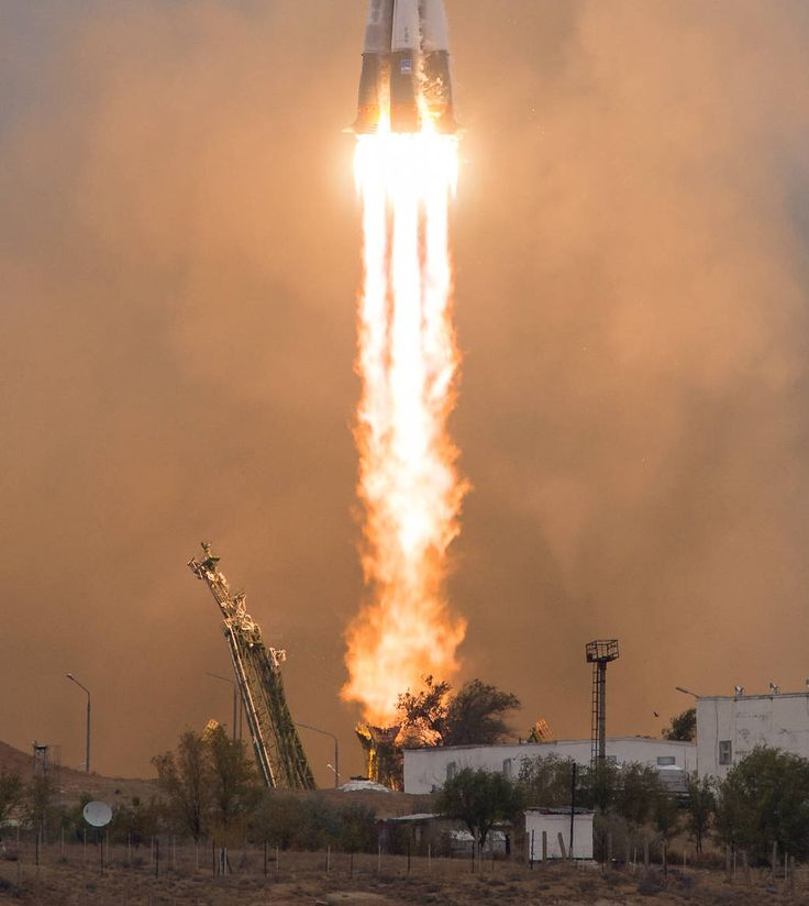 Expedition 49 Launch to the