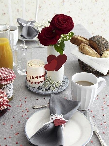 Tischdeko zum Valentinstag