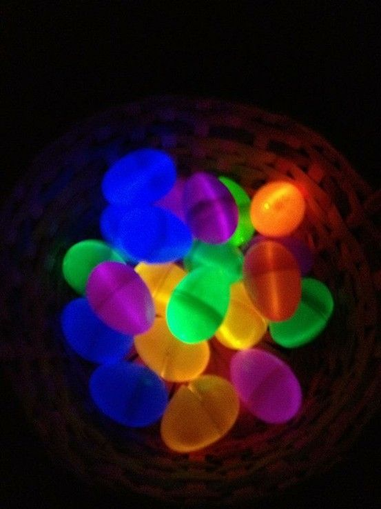 Glowsticks + plastic eggs = wish my family would have thought of this when I was little :)  This looks like so much fun :)