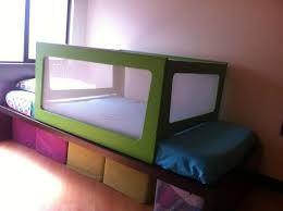 Resultado de imagen para barandas de madera para camas de niños