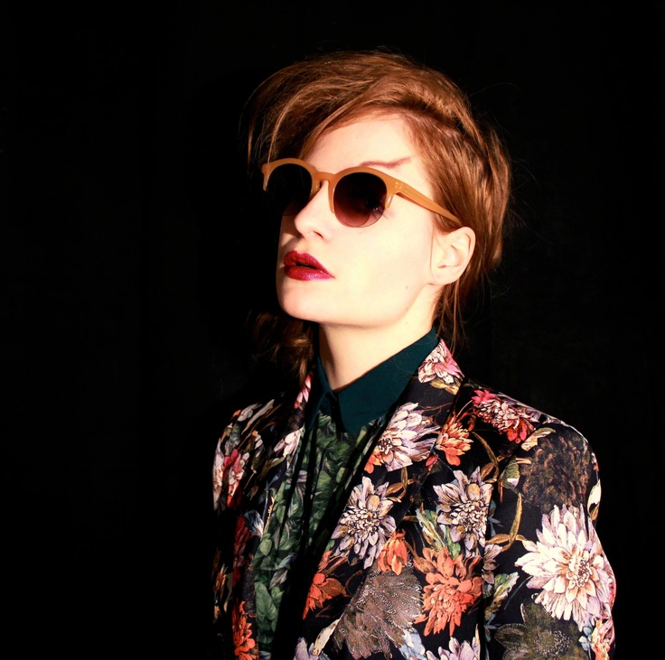 CHRISTINE AND THE QUEENS. Pour son amour de la différence et sa modestie.