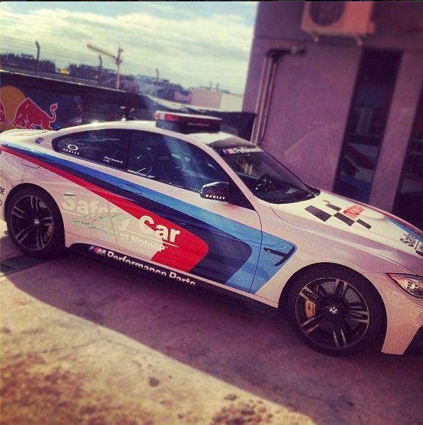 el BMW m4 coupe  safety car de Motogp