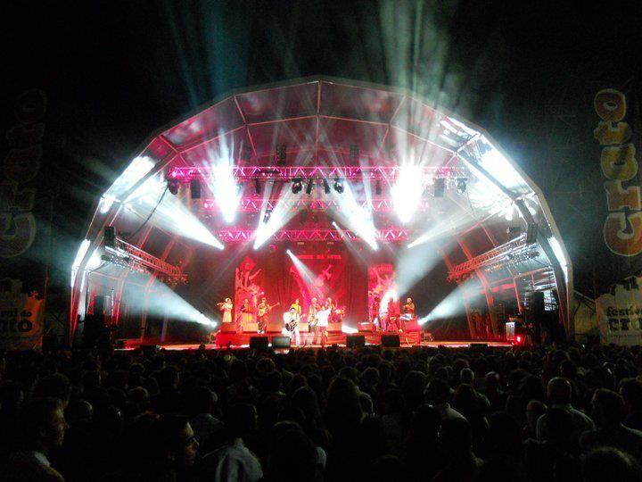 Espectáculo dos Homens da Luta no Festival do Crato, 2011