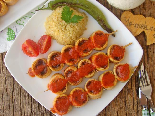 Yufkalı Şiş Köfte Resimli Tarifi - Yemek Tarifleri