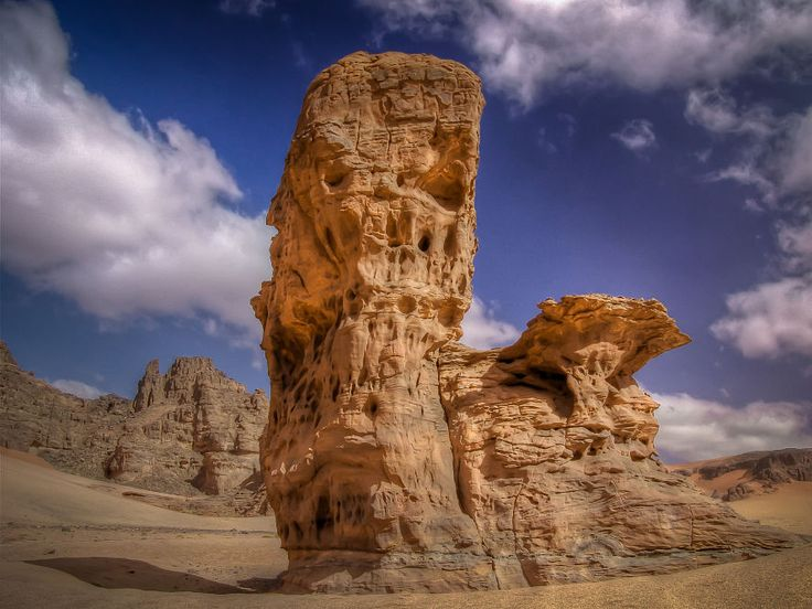 Sculpted by the Wind... The Rocks of the Akakus Desert
