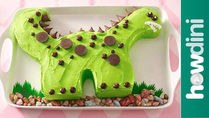 Birthday Cake Ideas: Dinosaur Birthday Cake Decorating Ideas.. Such a cute cartoony type dino :)