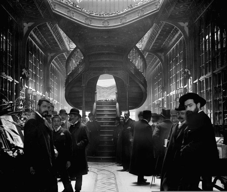 Inauguração da Livraria Lello, em 1906. Porto - Portugal Photo by Aurélio da Paz dos Reis.