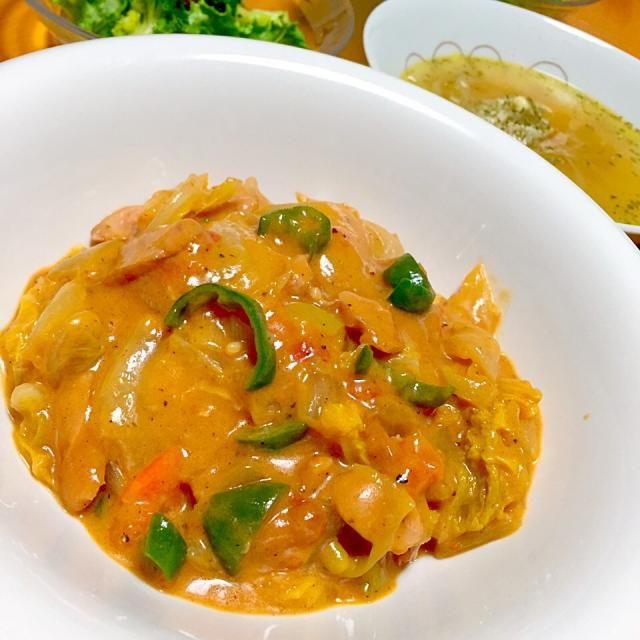 晩御飯はトマトクリームハヤシライス・玉ねぎスープ・サラダ - 43件のもぐもぐ - 白菜とソーセージのトマトクリームハヤシライス by fighterscurry