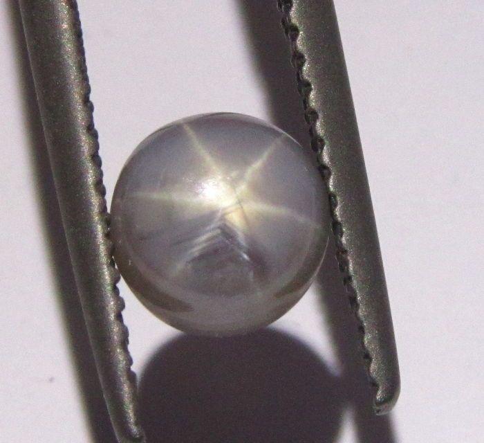 Online veilinghuis Catawiki: Grijze ster saffier – 2,27 ct