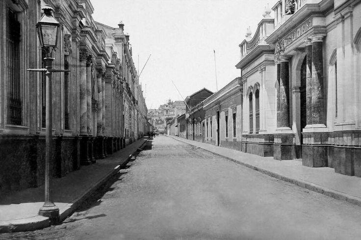 Calle Agustinas 1900