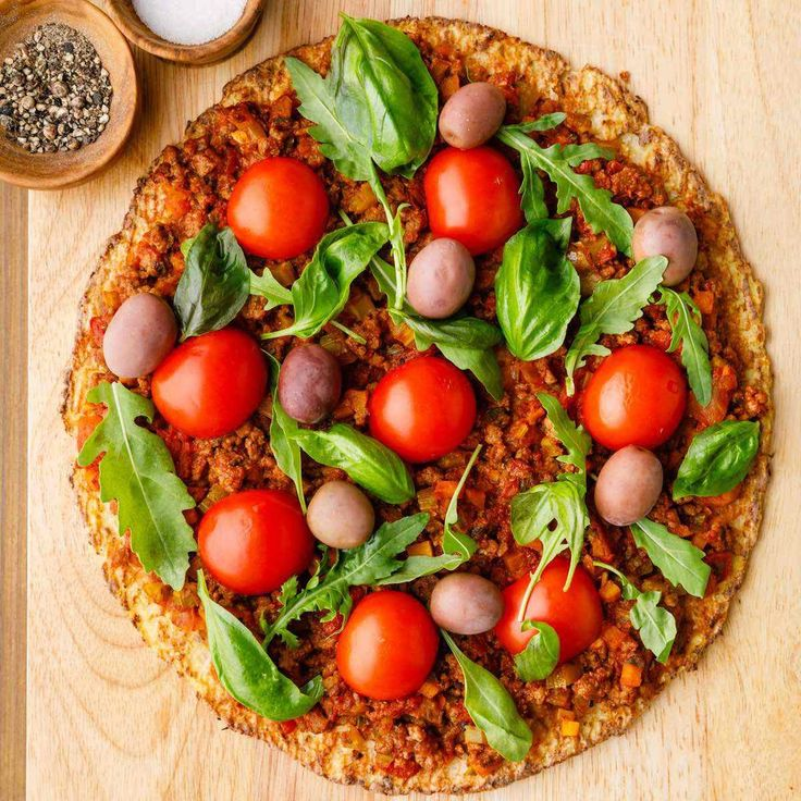 The Best Paleo Bolognese Pizza (Satisfy Your Pizza Craving)
