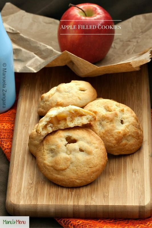 Apple+filled+Cookies+-+crunchy+and+buttery+cookies+filled+with+soft+sweet+apples.+A+favourite+Italian+treat.                                                                                                                                                                                 More