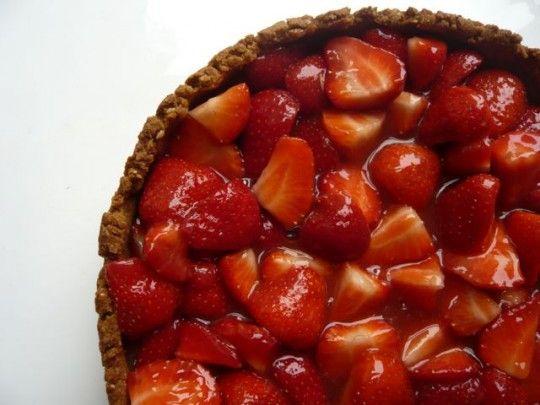 Vegan Strawberry Custard Tart: Beans Custard, Coconut Cookies, Vegans Strawberries, Strawberries Custard, Vanilla Beans, Custard Tarts, Toast Coconut, Vegans Desserts, Strawberries Tarts