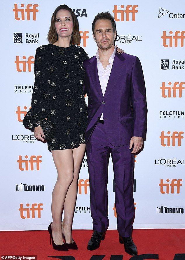 Sam Rockwell Jojo Rabbit >> Scarlett Johansson Stuns In Silver Dress At Jojo Rabbit Tiff