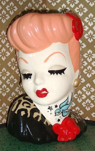 On my wishlist...a custom ladyhead vase from HellinaHandbag!