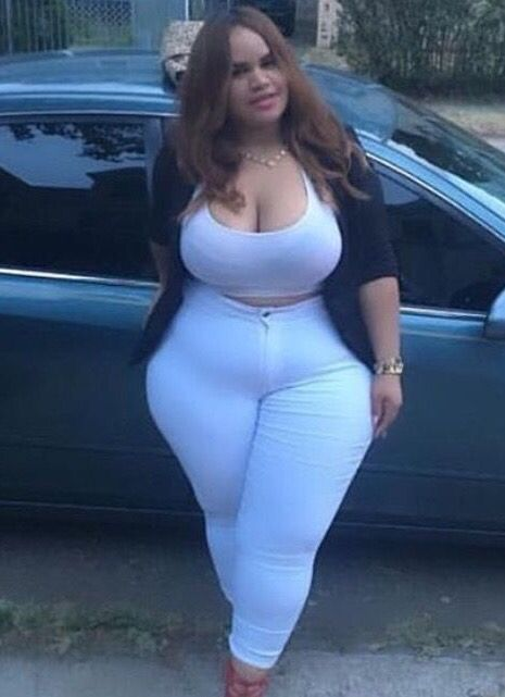 Pear shape and bbw