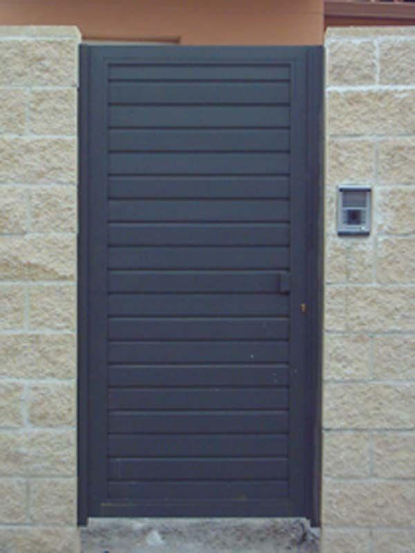 Modelo de puerta de hierro sencilla pesquisa google for Puertas para patios modelos