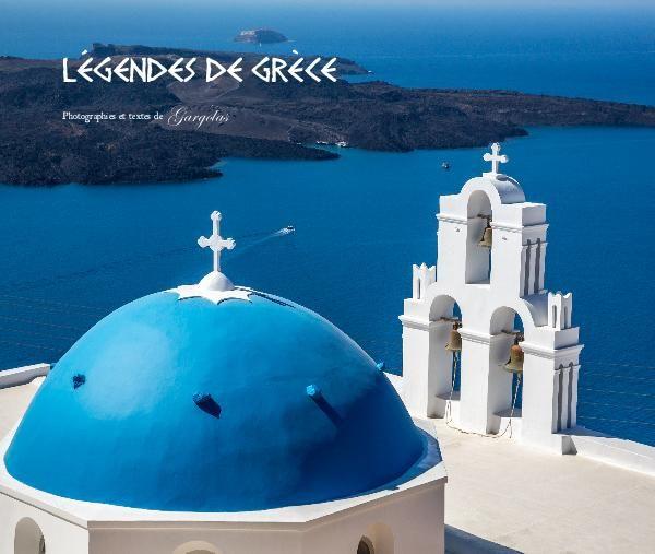 Dans ce livre photo, nous vous invitons à voyager avec nous dans ce pays légendaire qu'est la Grèce.   L'histoire, les paysages magnifiques et les gens authentiques qui ont croisé notre chemin constituent l'essence de cette terre des Dieux.  Nous espérons que le regard que nous avons porté sur ce pays vous charmera.  Bon voyage et nous sommes convaincus que la beauté est dans le regard...