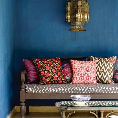 Oh the wonderful colours of India. Find inspiration in this New Delhi home.bit.ly/1OnpFvl