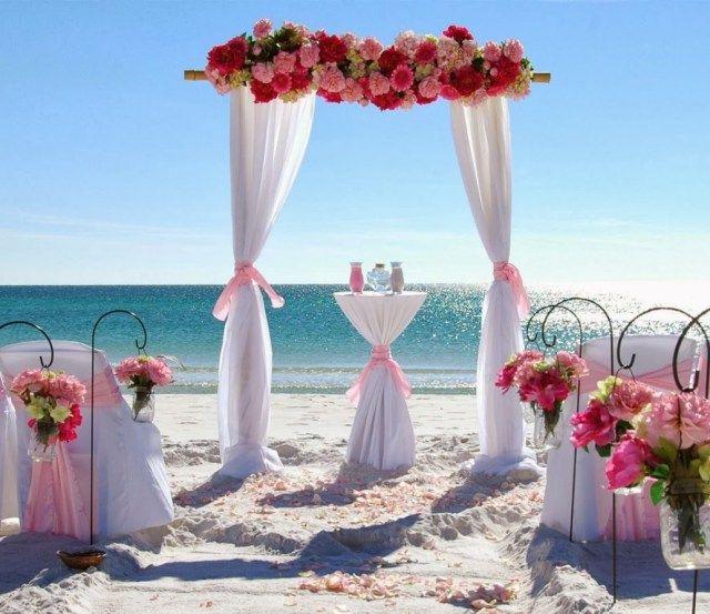 45 Romantic Beach Wedding Decorations
