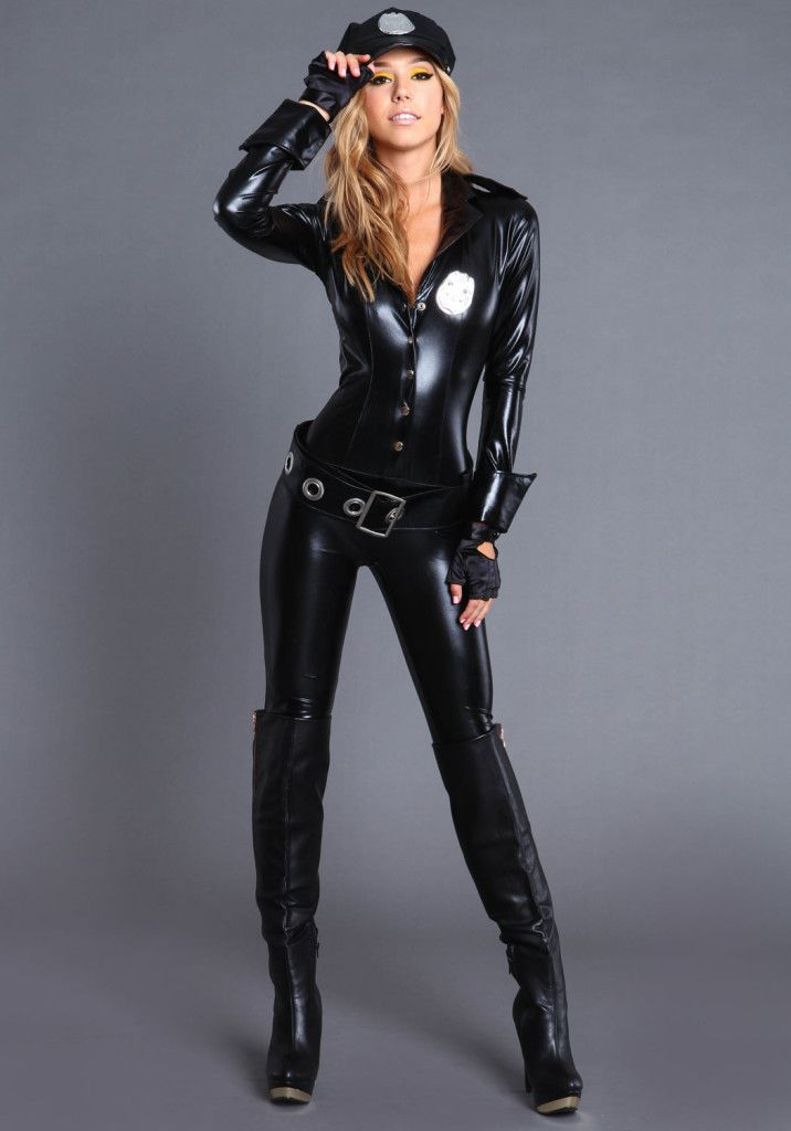 2013 Sexy and Alluring Halloween Costumes For Women 5